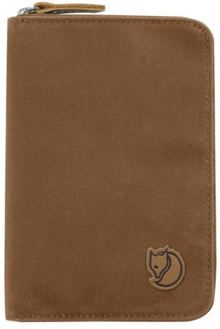 FJALLRAVEN 24220-230 PASSPORT WALLET CHESTNUT