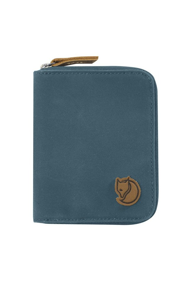 FJALLRAVEN 24220-042 PASSPORT WALLET DUSK